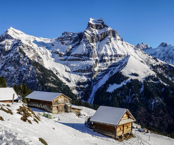 Alpes : Le tour du Queyras en hiver en raquettes