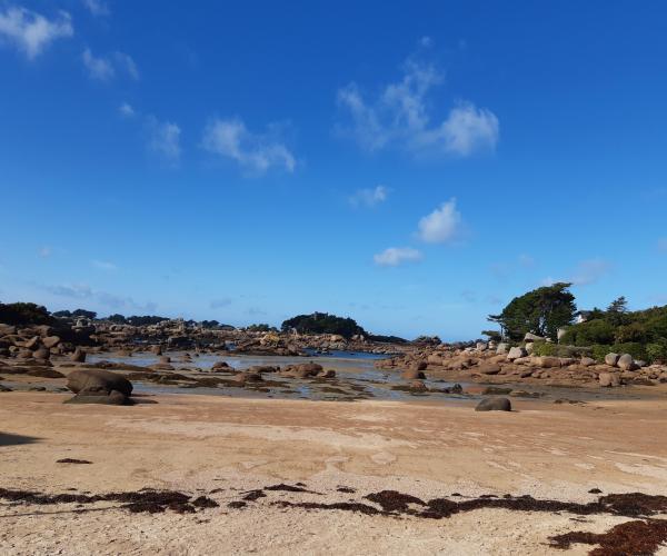 Bretagne : La côte de Granit Rose, de la Pointe du Château à Lannion