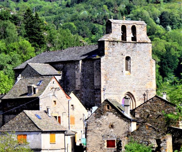 Lozère : Randonnée et bien-être à Bagnols-les-Bains