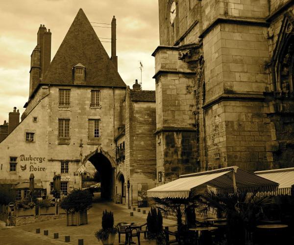 De Vézelay à Bourges