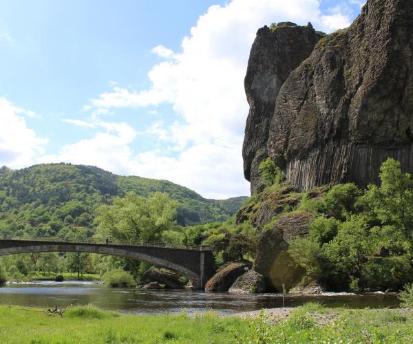 Auvergne : Vallée et Gorges de l'Allier, de St Cirgues au Pont d'Alleyras