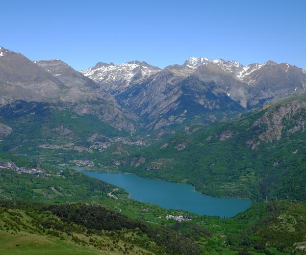Pyrénées : Randonnée et balnéo à Néouvielle Gavarnie en accompagnée