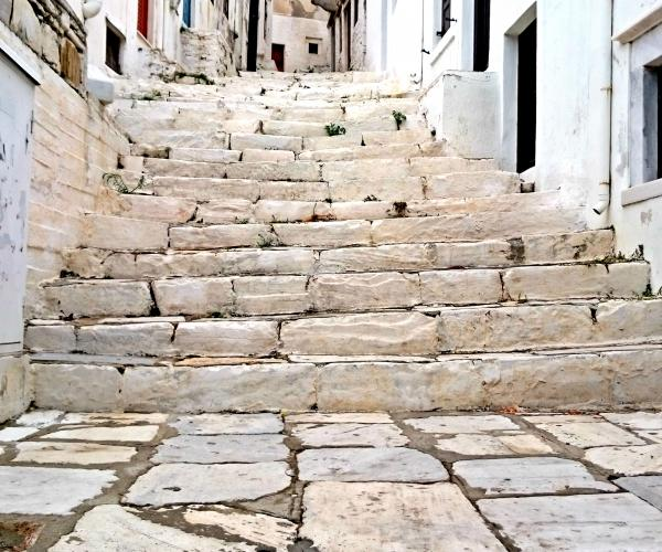 Grèce : Les Cyclades Santorin et Naxos