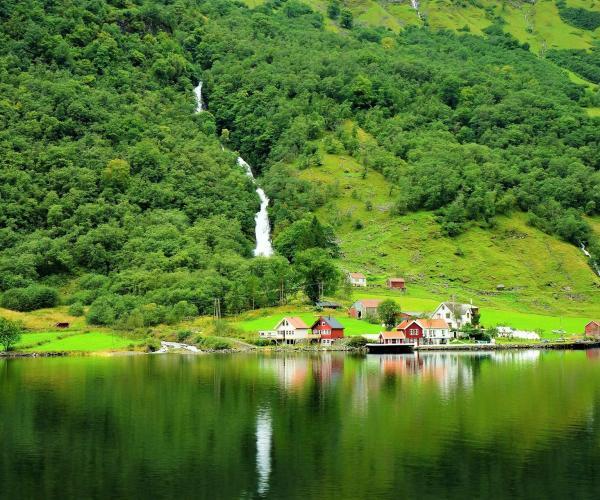 La Norvège : Fjords, Villes et Montagnes du Sud Norvégien